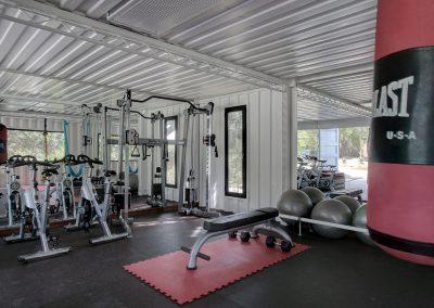 Gym+with+bag+1